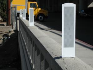TD9400 Roadguide Bridge and Concrete Barrier Markers