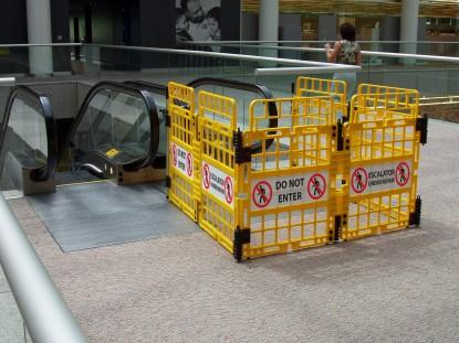 Traffic Control Td1150 Workgard Escalator Barricade System